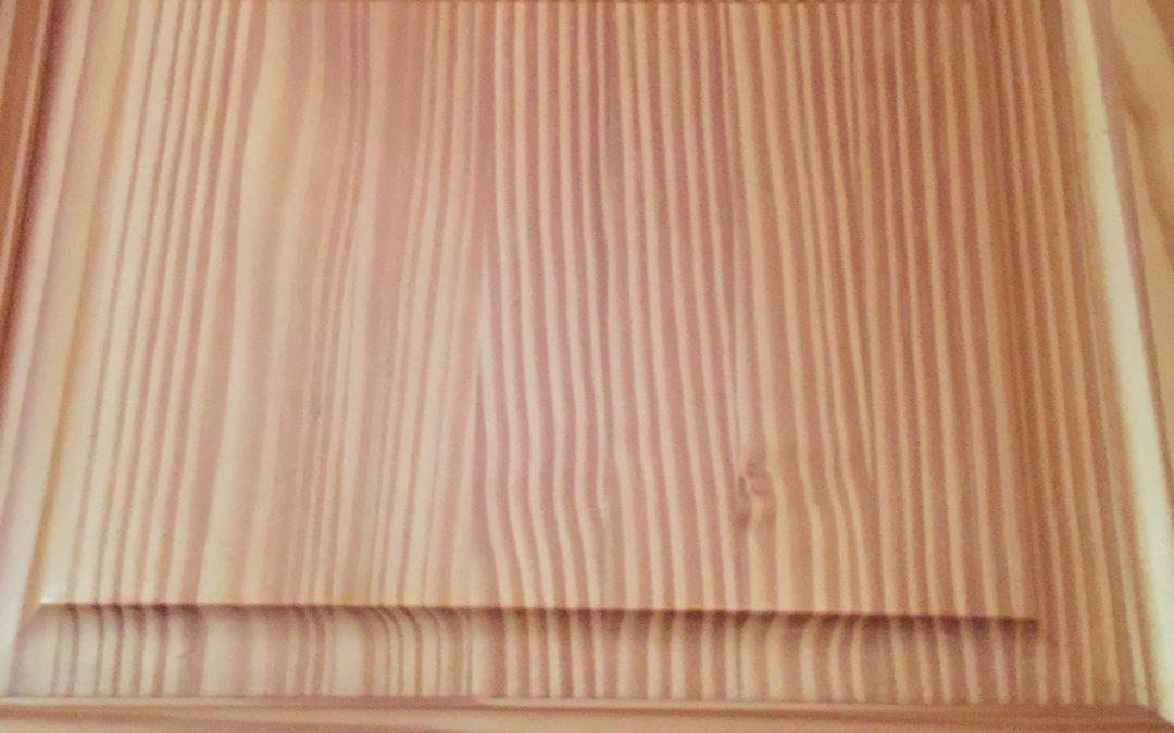 Drzwi drewniane – modne i funkcjonalne