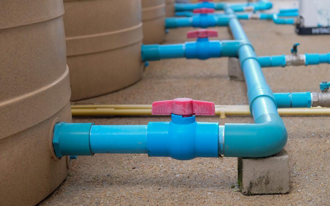 Zbiornik hydroforowy – jak wybrać magazyn na wodę?